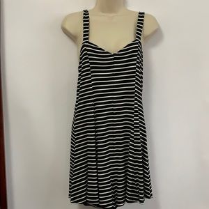 AMERICAN EAGLE OUTFITTERS SOFT & SEXY ROMPER SZ M